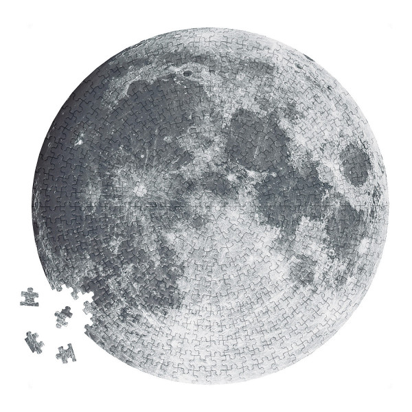 """Moon Lovers"" Circular Puzzle"